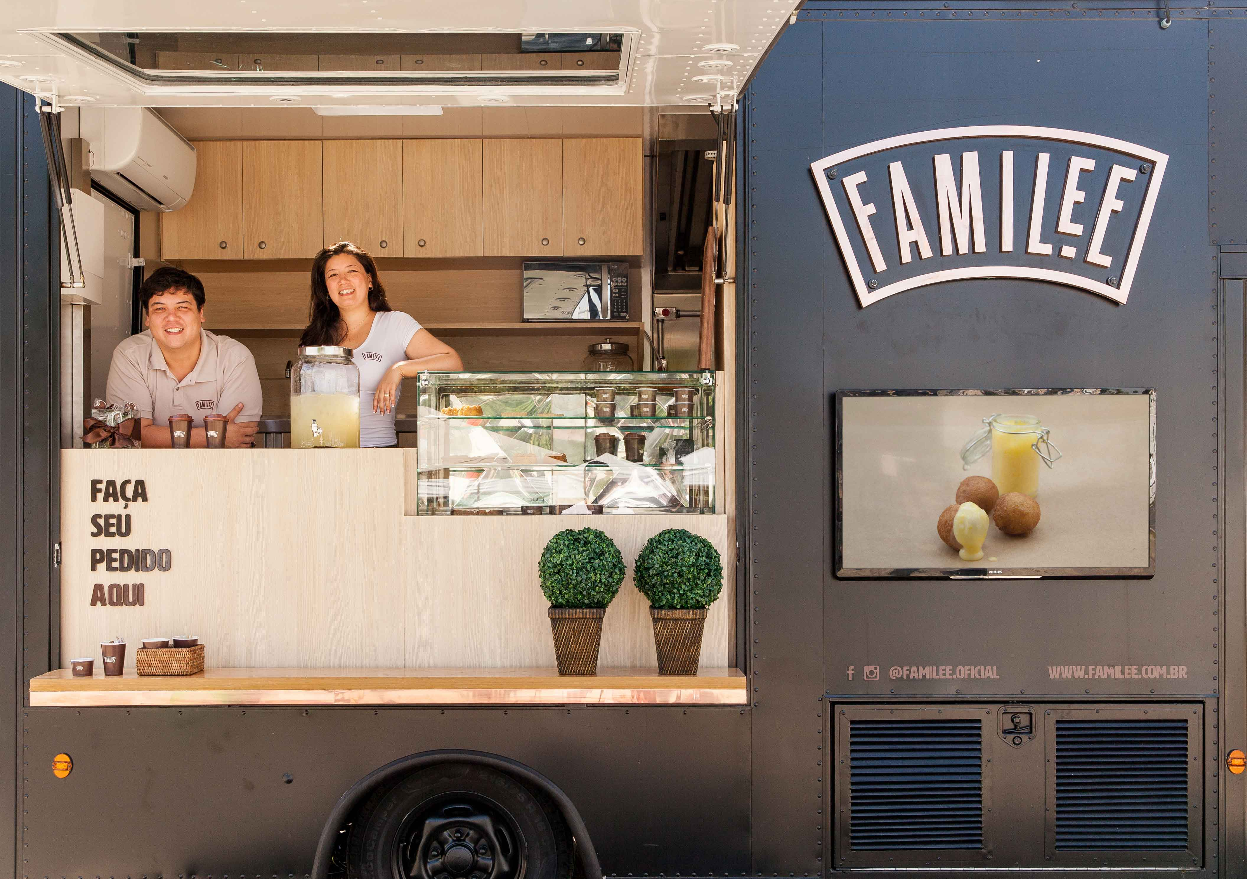 Marcos  e Thais Lee, do FamiLee Food Truck